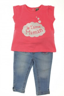 Habit d'occasion pour bébé Ensemble jean et tee-shirt Tape à l'Œil 9 mois Tape à l'œil
