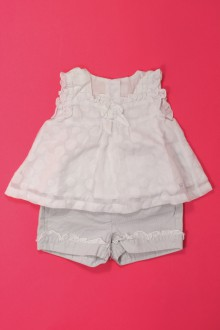 vetements d occasion bébé Ensemble blouse et short Chicco 3 mois Chicco