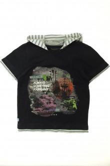 vetement marque occasion Tee-shirt manches courtes à capuche Catimini 8 ans Catimini