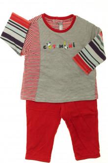 Habit de bébé d'occasion Ensemble tee-shirt et pantalon en molleton Catimini 9 mois Catimini
