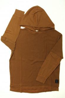 vetement d'occasion Tee-shirt manches longues à capuche Zara 8 ans Zara